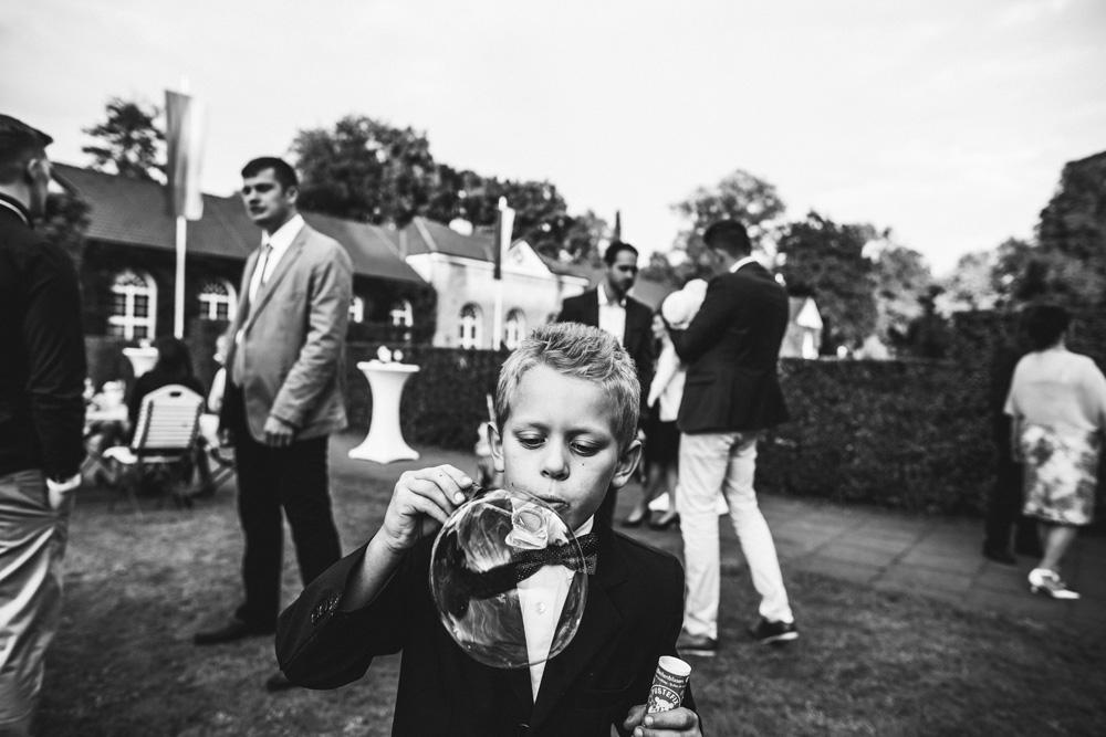 Hochzeitsfotograf-Gräflicher-Park-Bad-Driburg-22