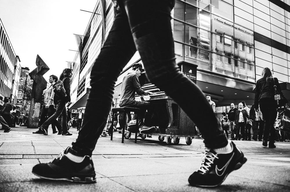 ENGAGEMENT SHOOTING ODER AUCH STREET PHOTOGRAPHY MIT DER NIKON COOLPIX